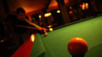 Playing Pool For Beginners: The Top 3 Pool Shots You Need To Know